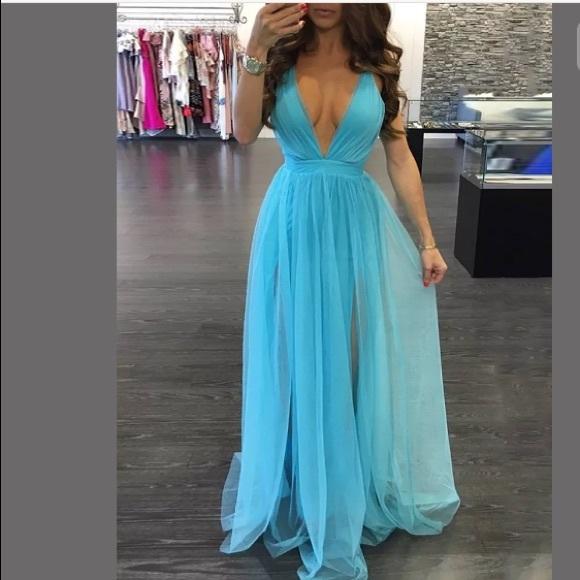 New Plunging neckline light blue sexy dress flowy ae6a13627e2f