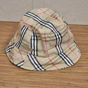 Burberry Accessories - Vintage Burberry Bucket Hat NOVA CHECK SIZE L d4469702bb5e