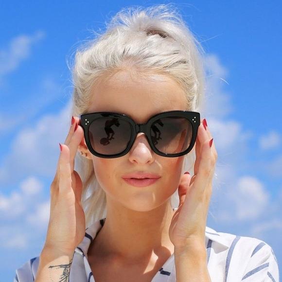 c0c18685eb85 SALE Céline Black Audrey 41755 s Sunglasses