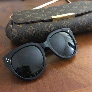 2a04e1d6df7d Celine Accessories - SALE Céline Black Audrey 41755 s Sunglasses