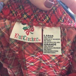 Vintage Skirts - Large Tacky Christmas Skirt