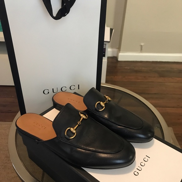 8f4c8f5dc Gucci Shoes - Pre-Owned Gucci Black Princeton Leather Slippers