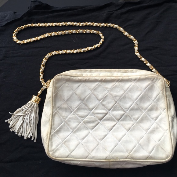 CHANEL Handbags - chanel • vintage white leather camera bag w tassel 3e9760ee659a