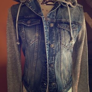 NWT Silver Jeans Hooded Jean Jacket Small