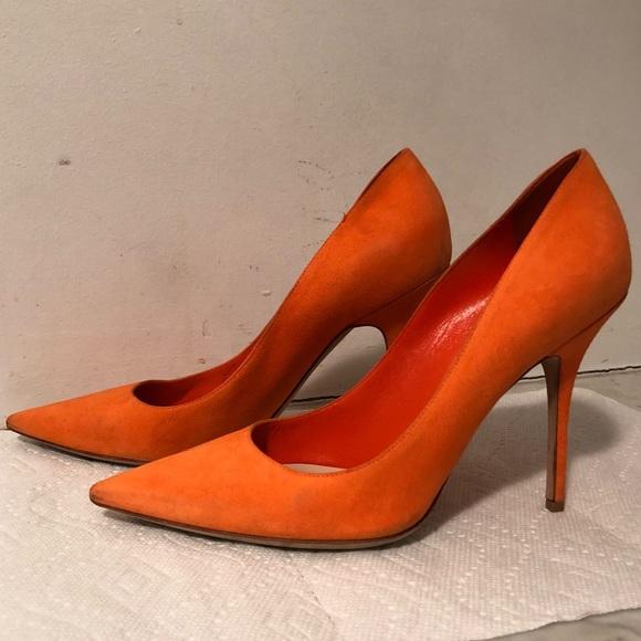 96848b2f5442 Christian Dior Shoes - Christian Dior orange suede pumps 41