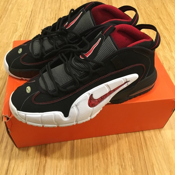NIKE AIR MAX PENNY HARDAWAYS (CHICAGOS). VNDS