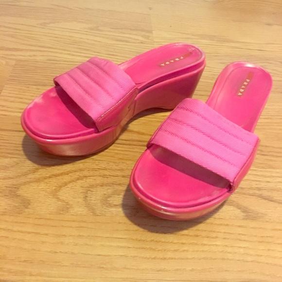 1265eba83f9 Pink Prada Platform Slides. M 59fa1a409c6fcf3b7805f98e