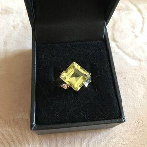 Limon Quartz 10k Ring $ FIRM