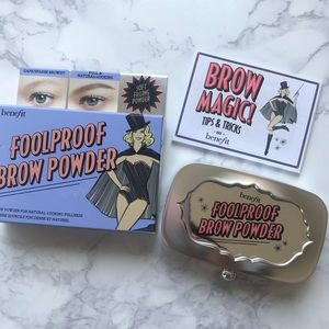 Benefit Foolproof Brow Powder shade 1