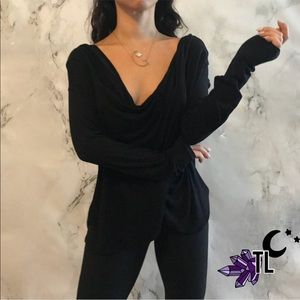 Beautiful draped knit crossed long sleeve top