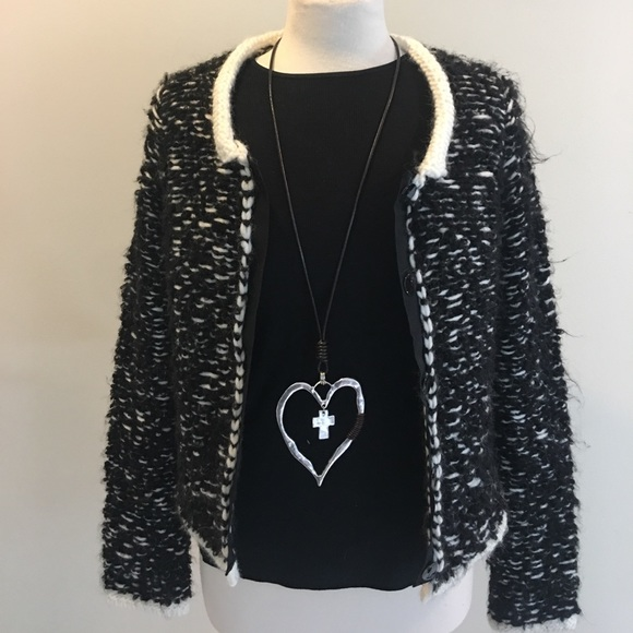 Boutique Sweaters - NWT Boutique Cardigan