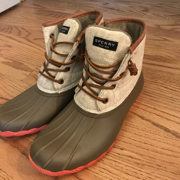 Sperry Duck Boots Army Green And Coral