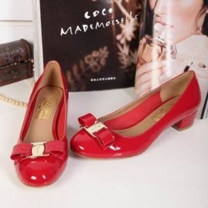 00cfa3ffc1 Salvatore Ferragamo Shoes - Salvatore Ferragamo Vara red size 5.5C