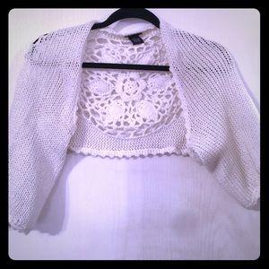 Rue 21 shrug sweater size medium boutique style m