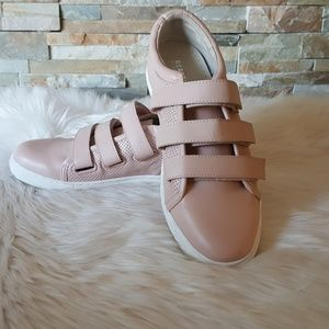 Kenneth Cole Reaction Jovie Leather Sneakers