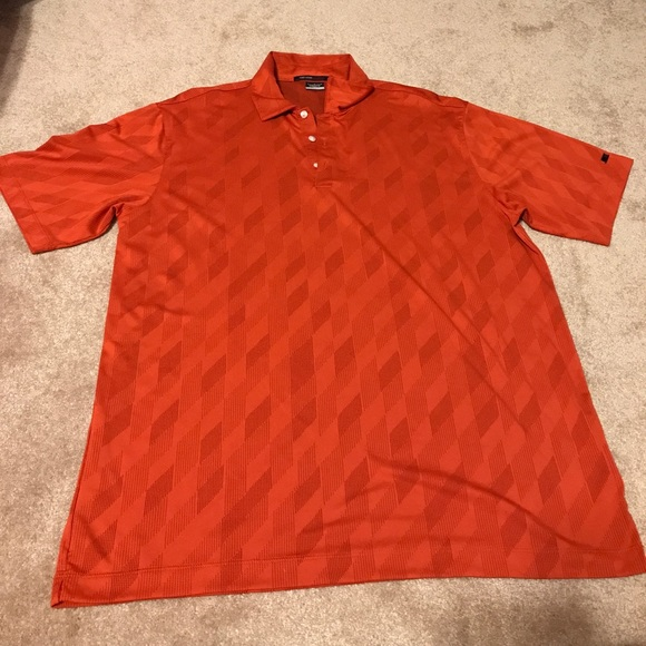 nike polo tiger woods