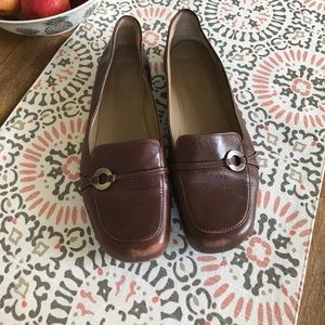 Shoes - No Brand Size 8 Brown Leather Loafer Flat
