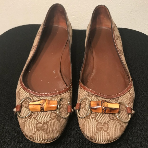 164643f9380 Gucci Shoes - Gucci Monogram Horse Bit Bamboo Flats Size 8