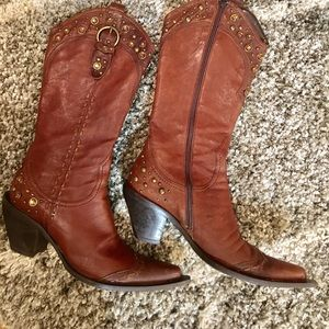 Shoes - 🍁🍂🍃Studded cowboy boot