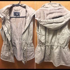 Jackets & Blazers - Trendy Fall Vest