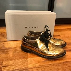 Pre-Loved Marni shoes Gold! Size 36. Very Unique!