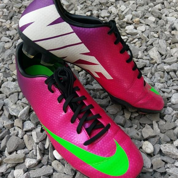 9f16b012d3bf Nike Mercurial Victory IV FG Men s 9 Soccer Cleats.  M 59fa631813302a47800025ca