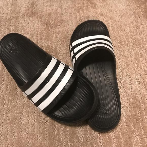 newest 2ce19 8cc70 adidas Other - Mens Adidas Duramo Slide Sandal