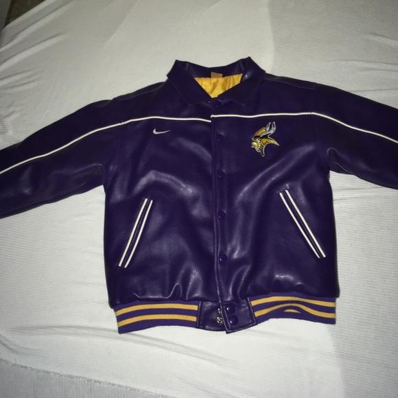 sale retailer 23a33 59e9a Minnesota Vikings bomber jacket
