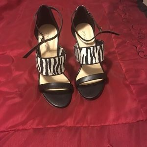 Shoes - Cute zebra print heels