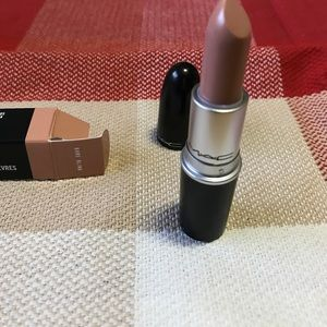 Bare bling MAC lipstick (Nikki Minaj collection)