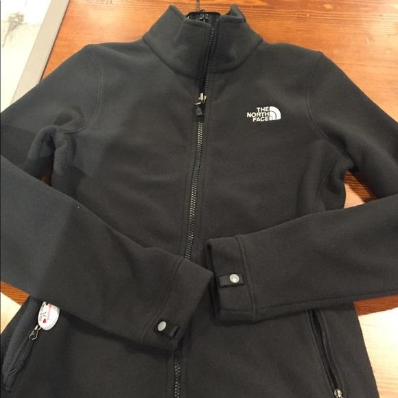 fb1cc9a09d1b North Face Tundra 300 Fleece Jacket