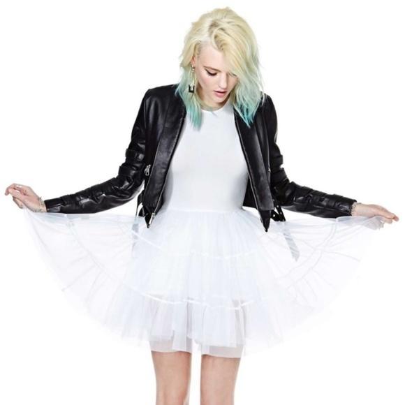 UNIF Dresses & Skirts - UNIF white frill mesh petticoat tutu dress