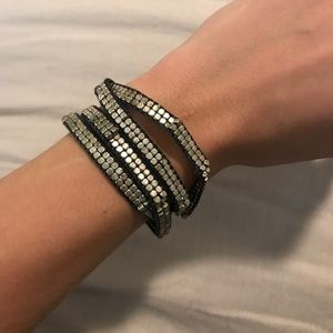 Jewelry - Silver Wrap Around