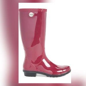 NWT  UGG Shaye Rain Boot