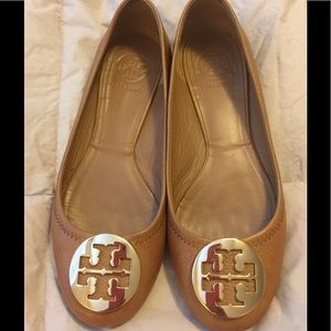 TORY BURCH REVA SZ 7 TAN COLOR
