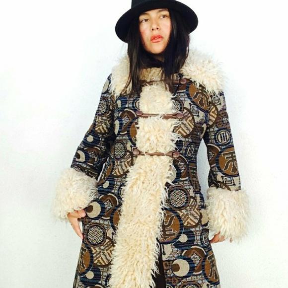 Vintage 70s Boho Tapestry Faux Fur Trimmed  Coat