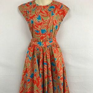 Dresses & Skirts - 50s Inspired Unique Print Dress