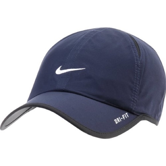 3ee28be50e7615 NIKE dri fit hat navy. M 59faba286a5830d0f1011a3e