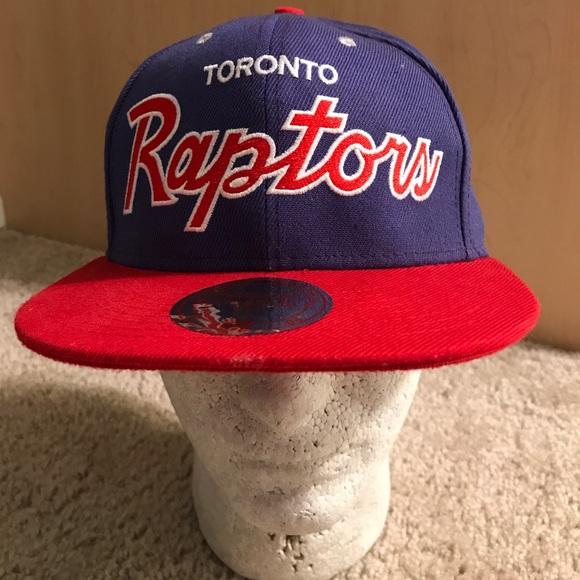 pretty nice 0ee5b f17f8 Vintage Toronto Raptors Mitchell Ness Snapback Hat.  M 59fae5066d64bcb1b2014b8f