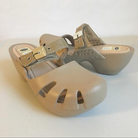 b80c57db3c35 dr scholls Shoes - Dr. Scholls Womens Tan Clogs Dance Shoes slip On