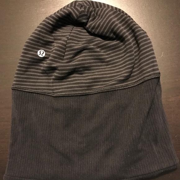 1b858e1adb3 lululemon athletica Accessories - Reversible lululemon hat with ponytail  hole