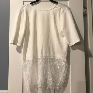 Tops - Gorgeous layering blouse with lace detail