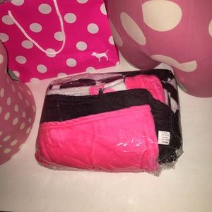 PINK Victoria's Secret Bedding - SALE💥 New🎉 PINK blanket