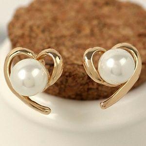 Gold Open Heart Pearl Earrings