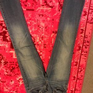 SZ 27 jcrew match stick jeans. Lighter wash color