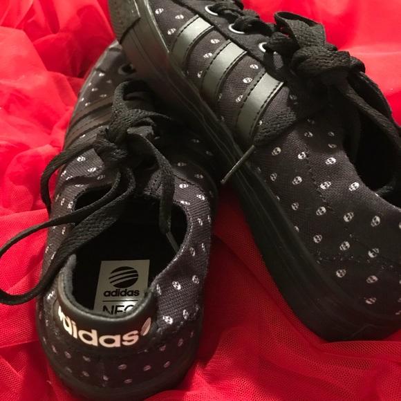 Adidas zapatos Brand New Neo cráneo edicion poshmark