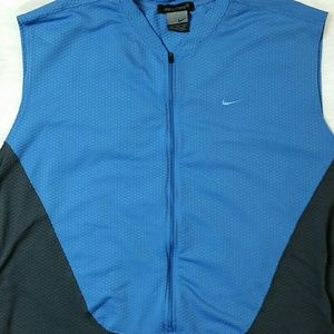 Nike Sphere Pullover Half Zip Vest