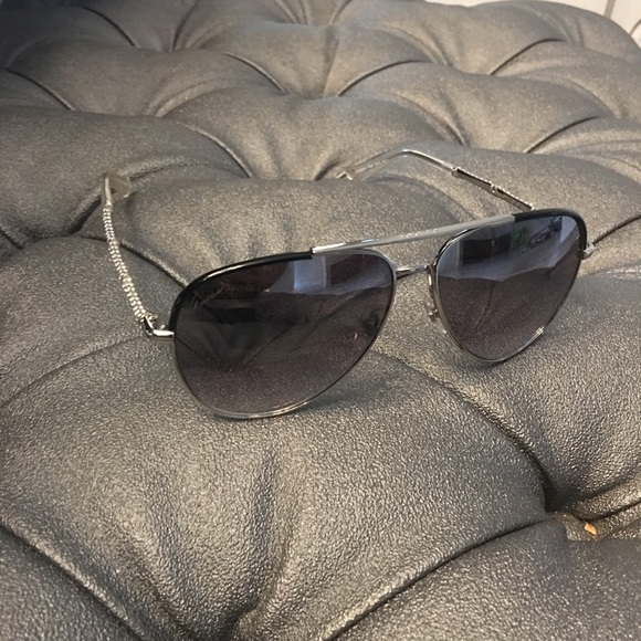 dd5f1600dfd Gucci Accessories - Gucci crystal arm aviators 🕶😎🕶🕶😎