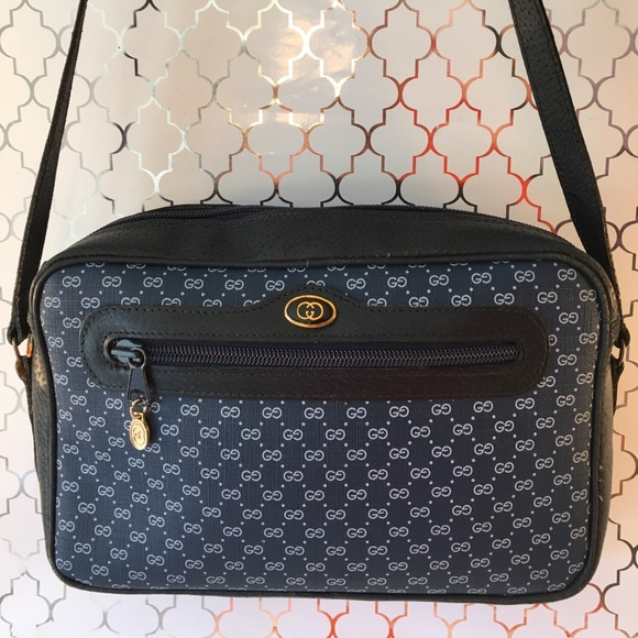 5f3082c6bc34f0 Gucci Handbags - ⭐️GUCCI VINTAGE MICRO MONOGRAM SHOULDER BAG 💯AUTH