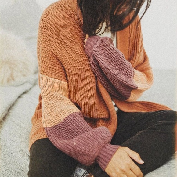 15264616c4ff0 M_59fb6047c28456af5a000362. Other Sweaters you may like. URBAN OUTFITTERS  MAROON CARDIGAN